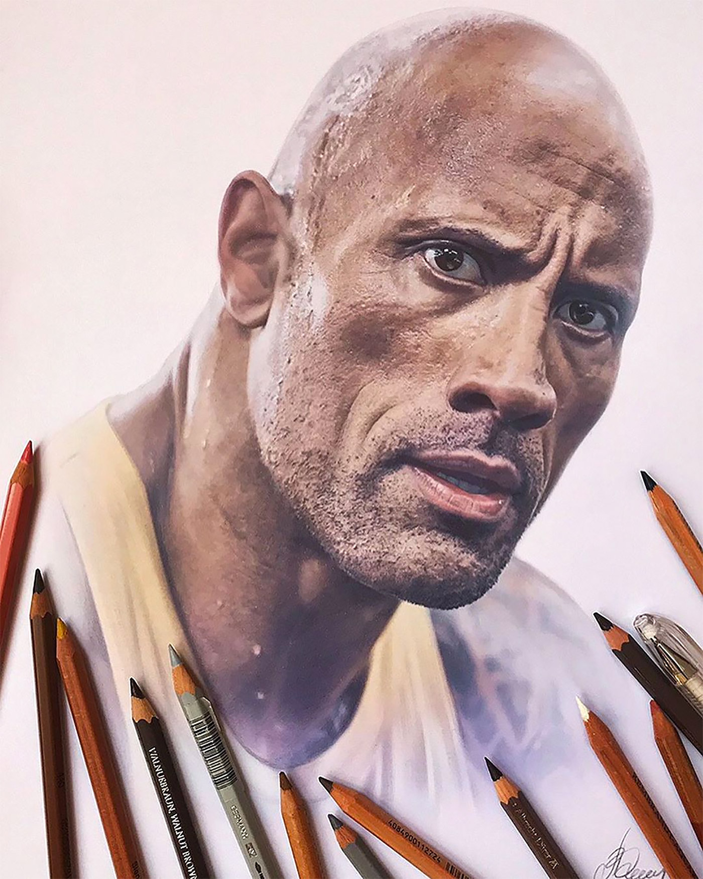 Hyper-Realistic Pencil Drawings By Alena Litvin